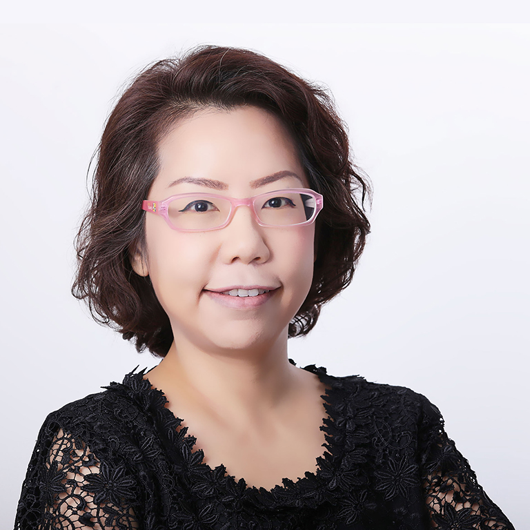 Assoc.Prof.Dr. Donyaprueth